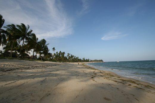 Tides Beach Lodge