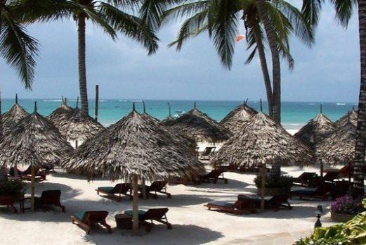 Kenya: Value Safari And Beach